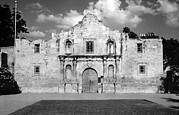 Catholic Framed Prints - The Alamo. Mission San Antonio De Framed Print by Everett