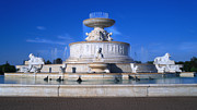 Renaissance Center Framed Prints - The Belle Isle Scott Fountain Framed Print by Gordon Dean II