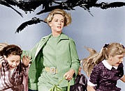 Terrified Prints - The Birds, Tippi Hedren Center, 1963 Print by Everett