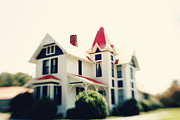 Haunted House Photos - The Connor House located in Terrell NC by Kim Fearheiley