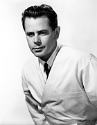 Publicity Shot Photos - The Doctor And The Girl, Glenn Ford by Everett