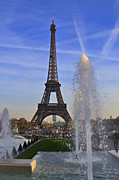Trocadero Framed Prints - The Eiffel Tower from the Jardins de Trocadero Framed Print by Louise Heusinkveld