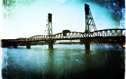 Oregon Digital Art - The Hawthorne Bridge by Cathie Tyler