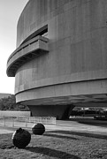 D.w Prints - The Hirshhorn Museum I Print by Steven Ainsworth