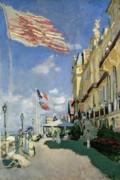 Claude Monet - The Hotel des Roches Noires at Trouville