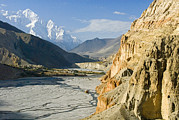 Kali Framed Prints - The Kali Gandaki Gorge In Mustang Framed Print by Stephen Sharnoff