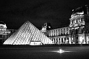 Kelsey Horne - The Louvre Museum Black...