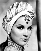 1950s Portraits Photo Prints - The Loves Of Omar Khayyam, Aka Omar Print by Everett