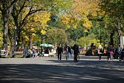 Park Benches Digital Art - THE MALL in CENTRAL PARK by Rob Hans