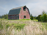 Farm Photos - The Old Conway Barn by Kent Sorensen