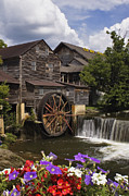 Pigeon Forge Photos - The Old Mill - D000662 by Daniel Dempster