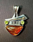 Peridot Jewelry - The Pendant by ALVIN THERIAULT   and  ANGELIQUE CEJKA