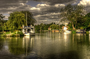 River Cabin Framed Prints - The River Thames at Streatley Framed Print by Rob Hawkins