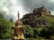 Edinburgh Art - The Ross Fountain Edinburgh. by Amanda Finan