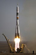 Rocket Boosters Prints - The Soyuz Tma-9 Spacecraft Launches Print by Stocktrek Images