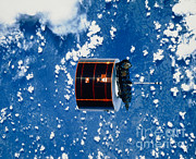 Communication Photos - The Syncom Iv-5 Communications by NASA / Science Source