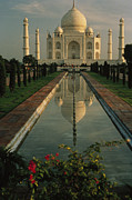 The Taj Mahal With A Reflection Print by Ed George