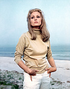 1960s Fashion Photos - The Thomas Crown Affair, Faye Dunaway by Everett