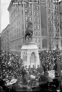 1910s Art - The Unveiling Of The Joan Of Arc by Everett