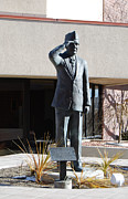 Utah Sculptures - The Veteran - George Wahlen bronze statue by Stan Watts