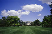 Historical Housing Prints - The White House On A Sunny Day Print by Raul Touzon