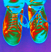 Thermogram Prints - Thermogram Of Feet Wearing Trainers Print by Dr. Arthur Tucker