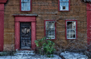 Old Houses Metal Prints - Theyve Gone Away Metal Print by Ross Powell