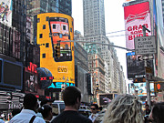 Randi Shenkman Photo Metal Prints - Times Square 1 Metal Print by Randi Shenkman