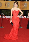 Strapless Dress Prints - Tina Fey Wearing An Oscar De La Renta Print by Everett