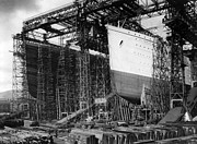 The Titanic Prints - TITANIC: CONSTRUCTION, c1910 Print by Granger