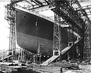 Titanic Framed Prints - Titanic under Construction 1911 Framed Print by Stefan Kuhn