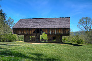 Tennessee Barn Originals - TN Barn and Wagon by Sue Karski