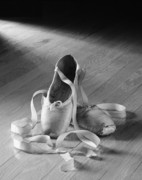 Dance Photo Prints - Toe shoe Print by Tony Cordoza