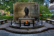 Statue Portrait Photos - Tomb of the Unknown Revolutionary War Soldier - George Washington  by Lee Dos Santos