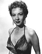 1950s Portraits Prints - Top Of The World, Evelyn Keyes, 1955 Print by Everett