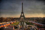 Dusk Prints - Tour Eiffel Print by Philippe Saire - Photography