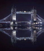 Tourist Attraction Digital Art - Tower Bridge by  Jaroslaw Grudzinski