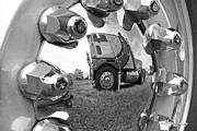 Hubcap Art - Truckstop by Robert Lacy