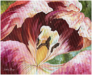 Flower Center Paintings - Tulip Sansation by Natasha Denger