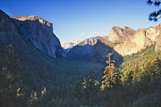 Tunnel View Prints - Tunnel View of the Yosemite Valley Print by George Oze