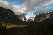 Tunnel View Framed Prints - Tunnel View Yosemite Framed Print by Lee Chon