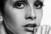 Twiggy Drawings Framed Prints - Twiggy Framed Print by Nat Morley