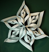 Paper Folding Art - Twisted Paper Christmas Star by LeeAnn McLaneGoetz McLaneGoetzStudioLLCcom