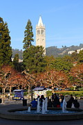 Uc Berkeley . Sproul Plaza . Sather Gate . 7d9998 Print by Wingsdomain Art and Photography
