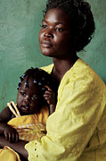 Poor People Prints - Ugandan Mother And Child Print by Mauro Fermariello