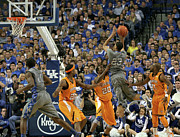 Ncaa Prints - UK v. UT - 4 Print by Mark Boxley