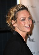 2000s Hairstyles Framed Prints - Uma Thurman At Arrivals For Motherhood Framed Print by Everett
