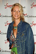 Chelsea Cinemas Photos - Uma Thurman At Arrivals For My Super by Everett