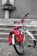 Martina Fagan - Una bicicletta a Riva del garda