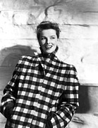 Turned Up Collar Prints - Undercurrent, Katharine Hepburn, 1946 Print by Everett